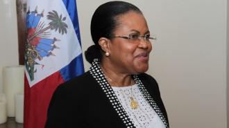 Photo_2-_La_ministre_de_l'économie_et_des_finances_Marie _Carmelle_Jean_Marie