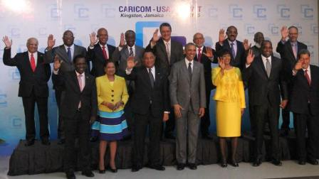 Photo souvenir avec les Chefs d'Etats et de Gouvernements pre-sents au Sommet CARICOM-USA a- la Jamai-que 2