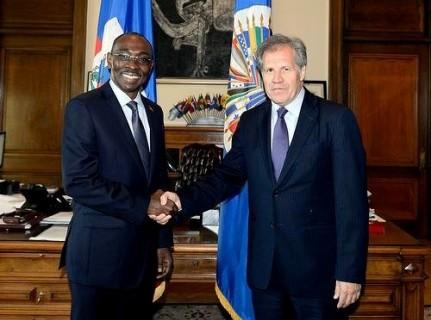 Image 2 Visite-officielle-du-Premier-ministre-Evans-Paul-a-Washington-500x390