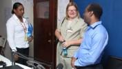 La porte-parole de l'ambassade américaine, Jeanne Clark visite la RNH