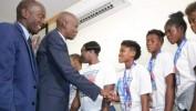Accueil chaleureux du Président Jovenel Moïse aux étoiles féminines des moins de 20 ans
