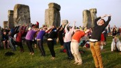 La Journée internationale du yoga s'étire dans le monde