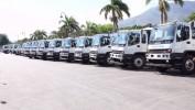 Remise de camions compressifs à des maires d'Haïti par le Président Jovenel Moise