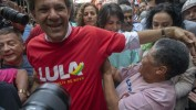 Brésil: Le candidat de gauche Haddad promet de réduire la violence
