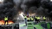 """Manifestation des """"gilets jaunes"""" : quatre questions sur les heurts sur les Champs-Elysées"""